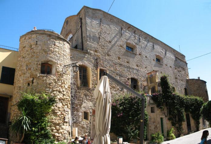 Castello Clavesana