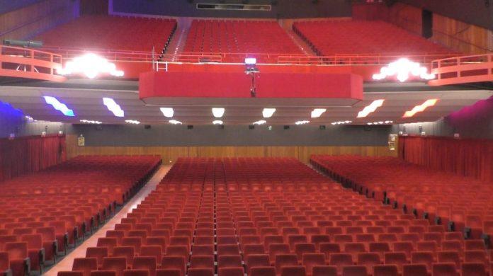 teatro ariston vuoto