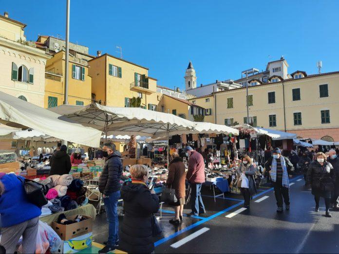 mercato oneglia