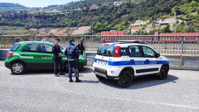 polizia e carabinieri forestali