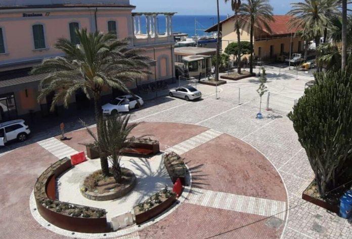piazza della stazione bordighera