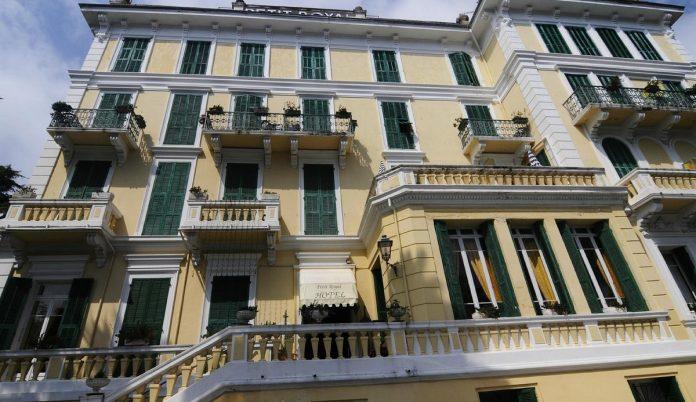 hotel petit royal ospedaletti